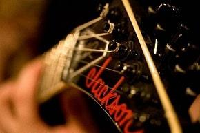 drop-c-drop-d-guitar-tuning-jackson