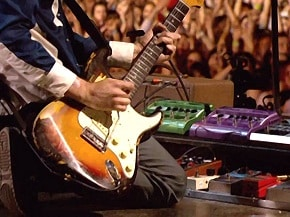 Fender Stratocaster History: Curves Heard Around The World